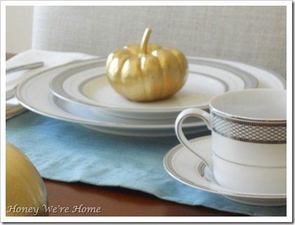 Gma, Thanksgiving table 025