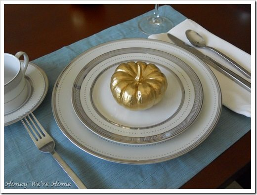 Gma, Thanksgiving table 033