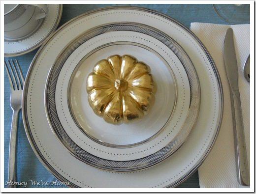 Gma, Thanksgiving table 042