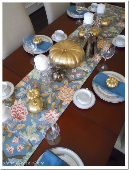 Thanksgiving Table.02 001