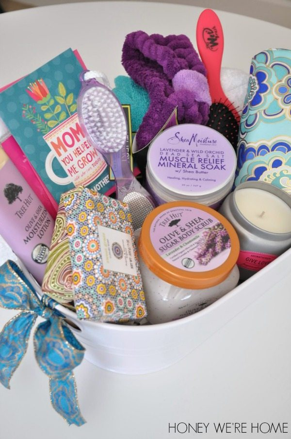 Mother 39 s day gift idea spa basket honey we 39 re home for Small gifts for mom