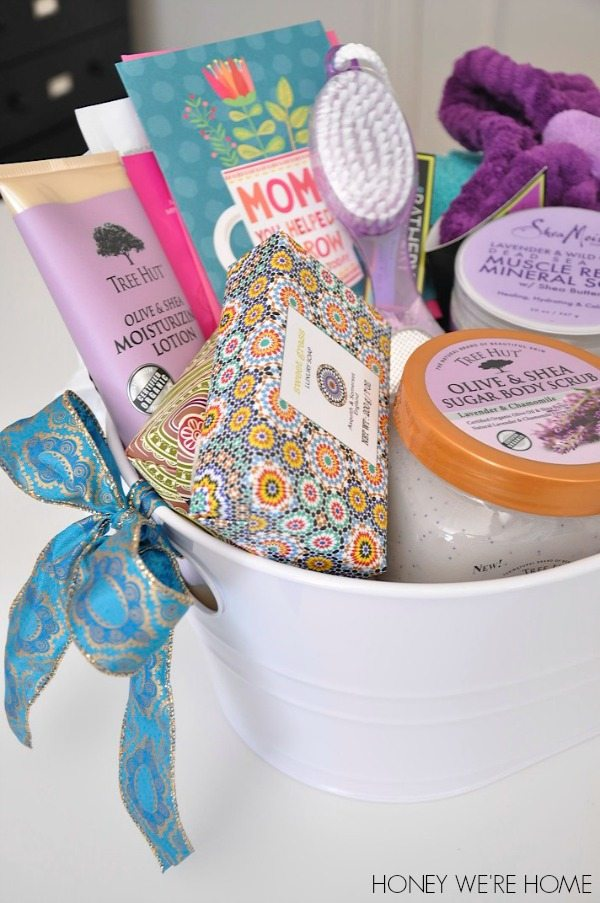 She is the best grandma around and really deserves a wonderful Motheru0027s Day. I hope your day is special and that praises are heaped on you throughout the ... & Motheru0027s Day Gift Idea // Spa Basket | Honey Weu0027re Home