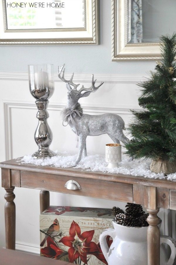 How To Decorate A Loft Living Room Upstairs: Snowflake Christmas Decor
