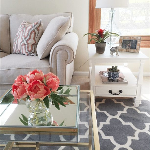 20 Beautifully Decorated Real Life Living Rooms - @bellecii