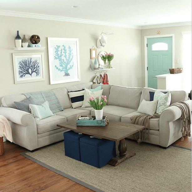 20 Beautifully Decorated Real Life Living Rooms - DIY Playbook