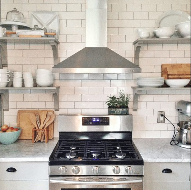 20 Gorgeous Real Life Kitchens | @carpendaughter
