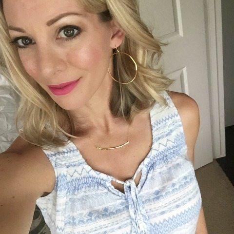 Weekend Steals & Deals | Amazon lipstick and lipliner