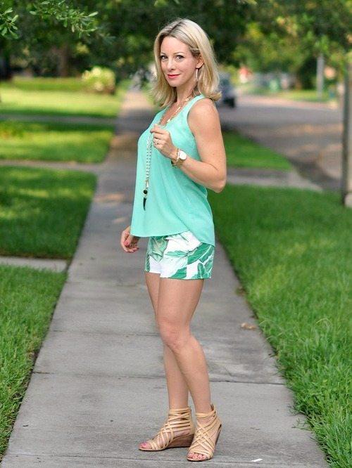 Weekend Steals & Deals   Palm Leaf Shorts