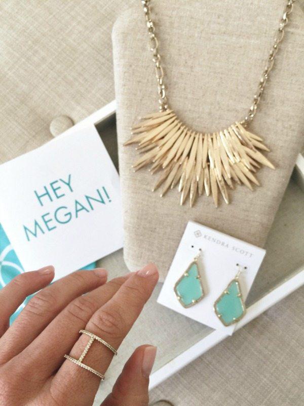 Summer Fashion - Rocksbox jewelry - Kendra Scott earrings