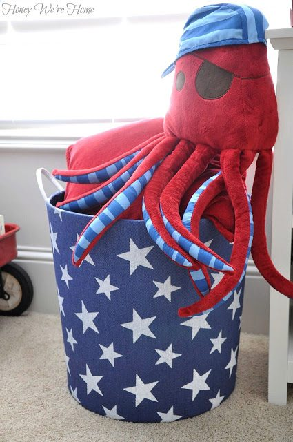Star bucket for extra storage to hold toys, blankets, pillows