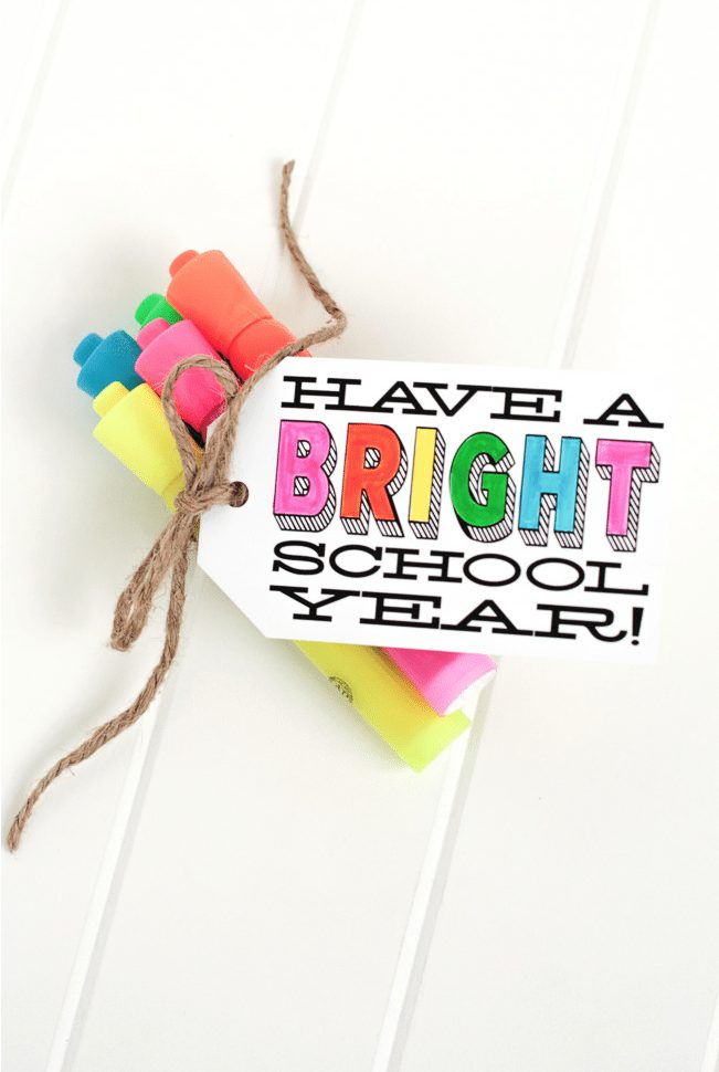 Teacher Gift - Have a Bright School Year with free printable via The Tomcat Studio