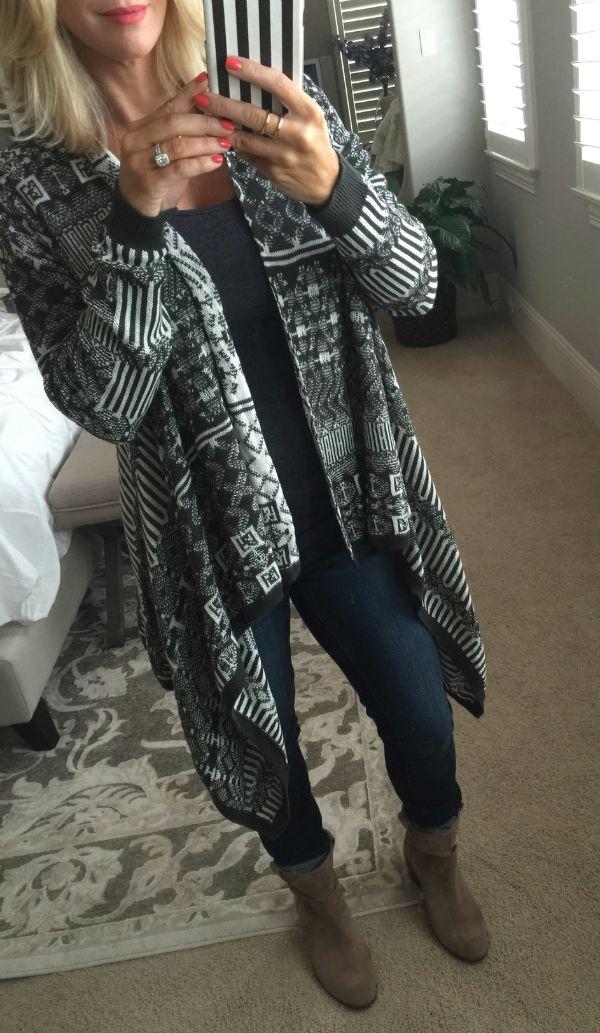 Fall Fashion - Sun & Shadow Blanket Cardigan