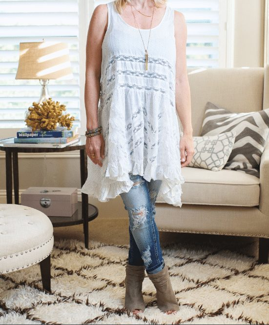Fall fashion - perfect for transitioning from summer with a tunic top, distressed jeans and booties