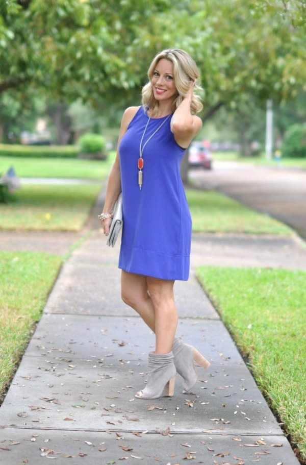 Fall fashion - love this racerback dress with peep toe booties and super cute Kendra Scott necklace