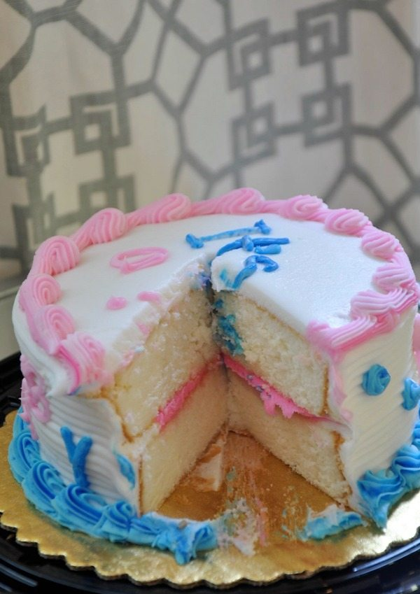Gender Reveal - Gender revealed in the icing of the cake   Honey We're Home