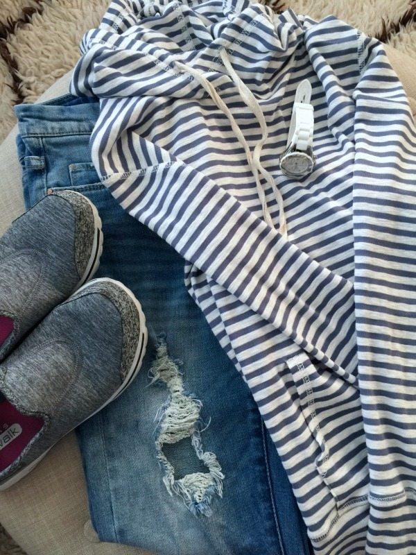 Weekend casual - Bobeau Striped Hoodie, distressed jeans and Skechers GoWalk sneakers