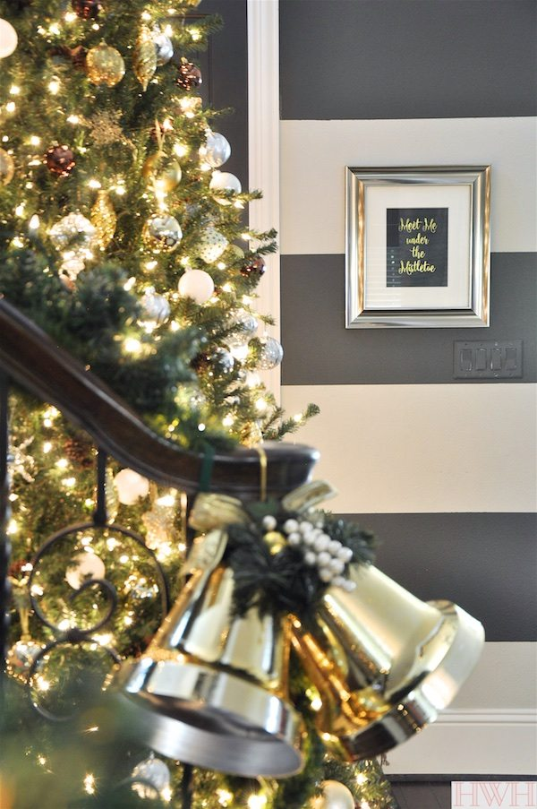 "Sparkly Christmas Tree with metallic ornaments and ""Meet Me Under the Mistletoe"" Print 