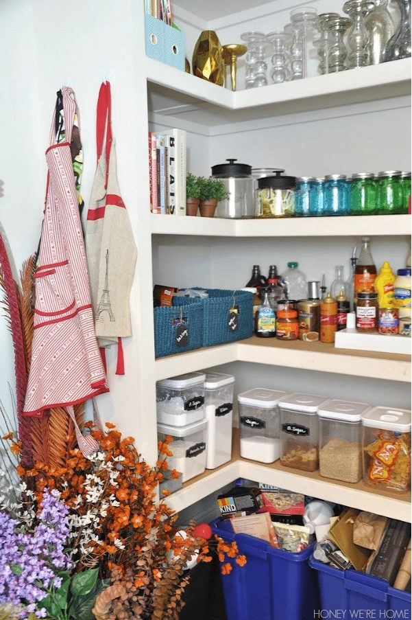 Tips to get you organized in the new year- including Organizing your Pantry