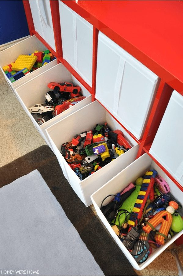 Tips to get you organized in the new year- including Organizing the Toys