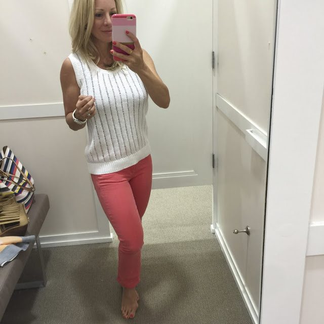 Summer Fashion - white tank sweater and coral skinny jeans #outfit #outfitinspo #summerfashion