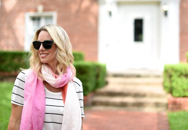 Outfit Inspiration | Striped top and white jeans with pink/coral scarf
