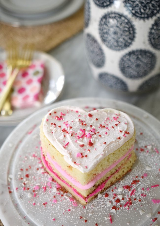 Ombre Valentine S Day Heart Cake Easy Cake Pops Honey We Re Home