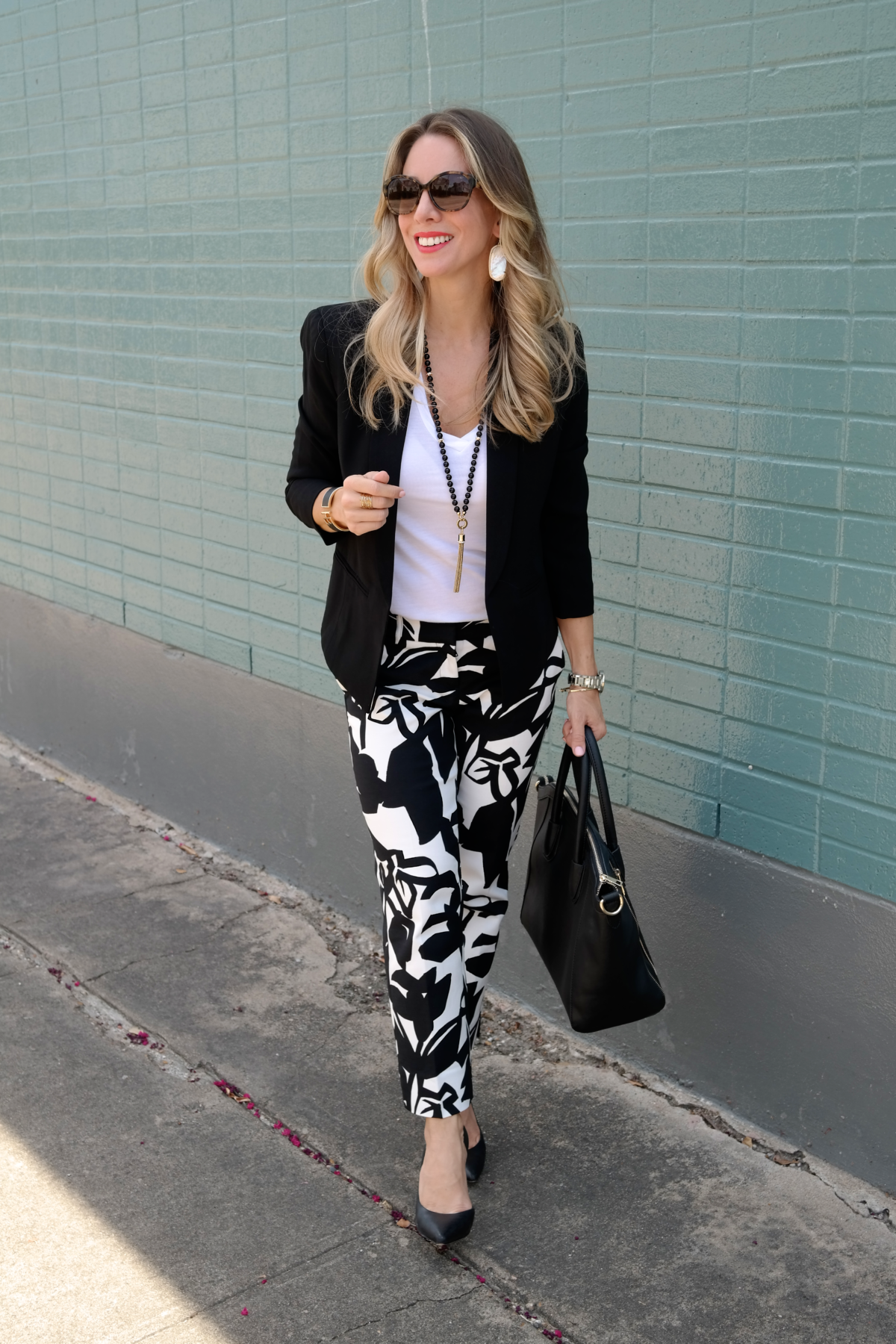 Print Pants Black Jacket.2