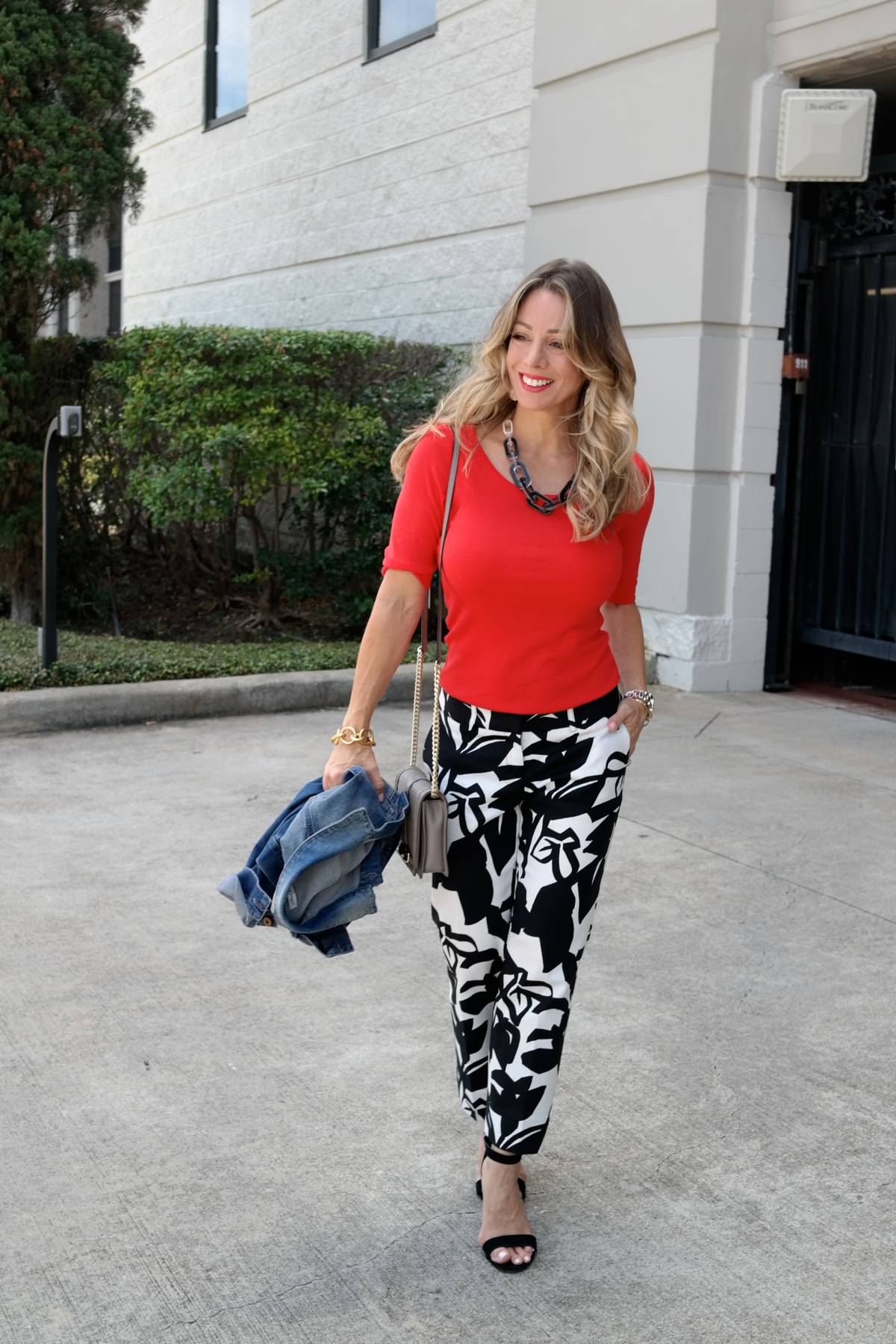 Print Pants Red Top.5