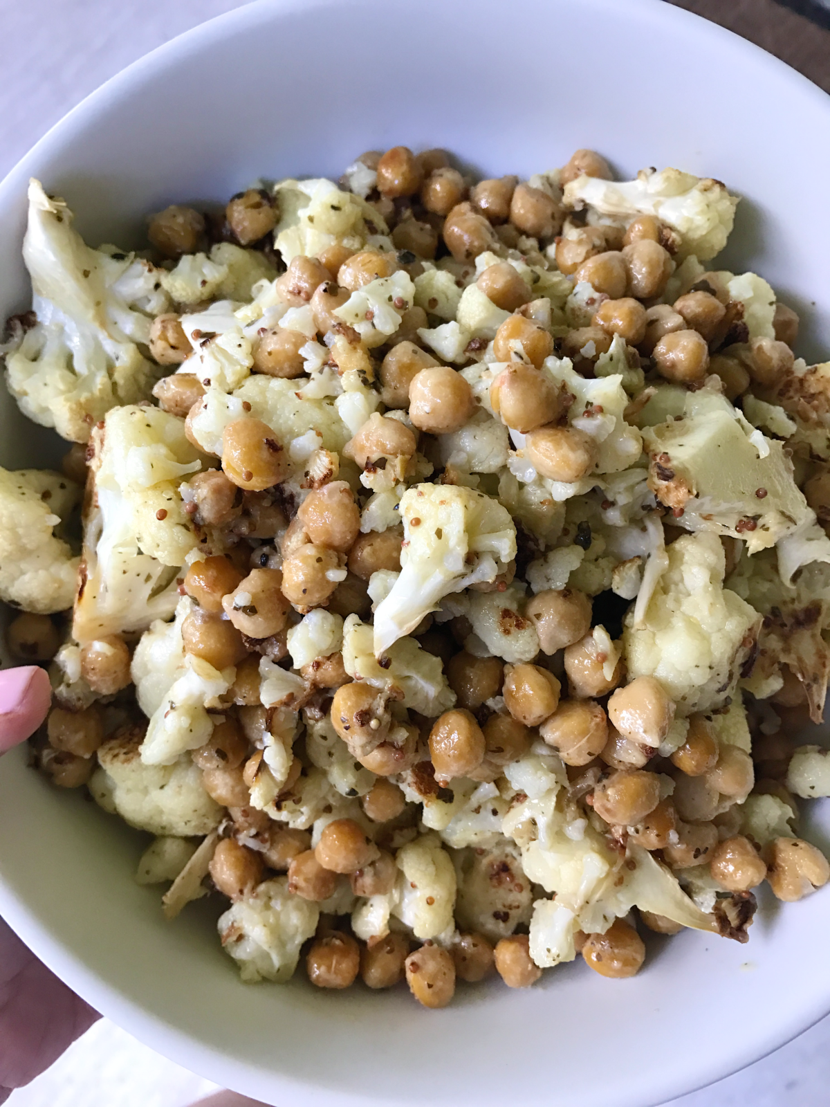 cauliflower chickpea salad