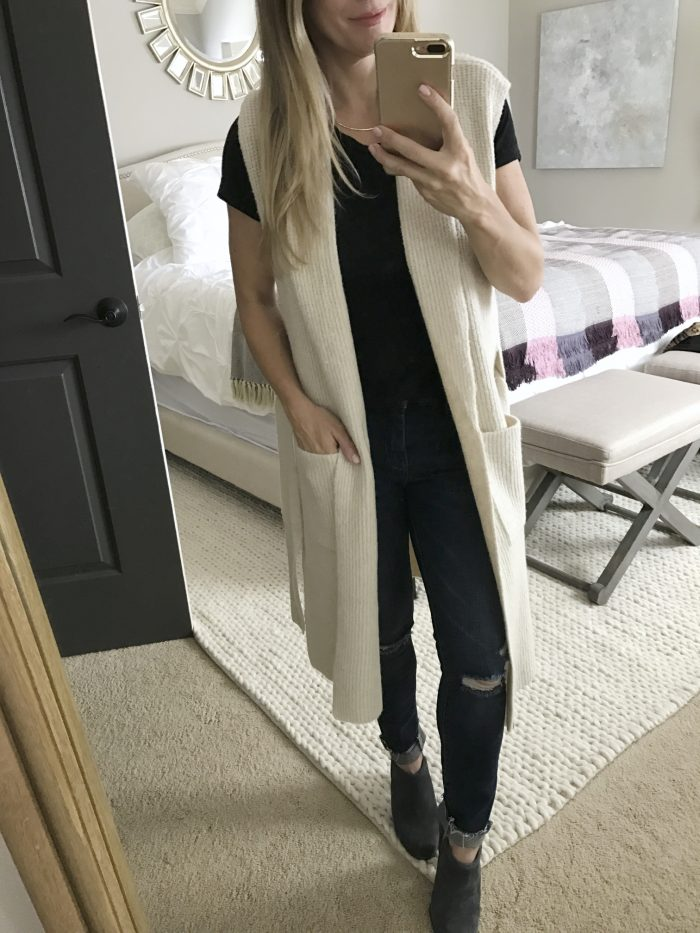 fall fashion - long white cardigan vest with pockets #outfitidea