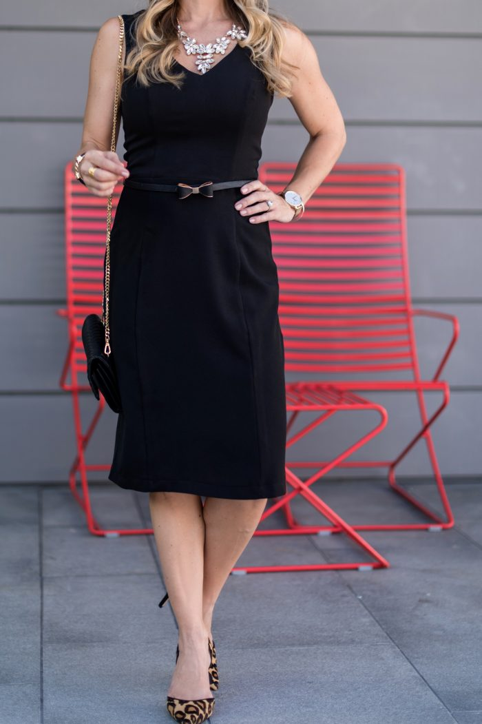 LBD with statement necklace and bow belt Mod Cloth (1)