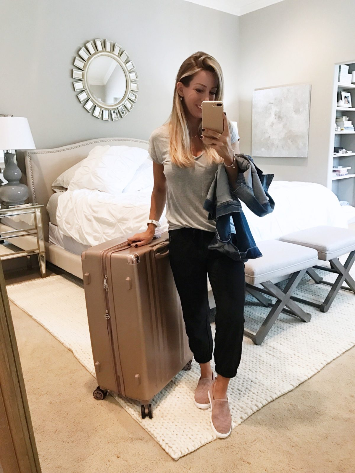 June monthly favorites Comfy travel outfit