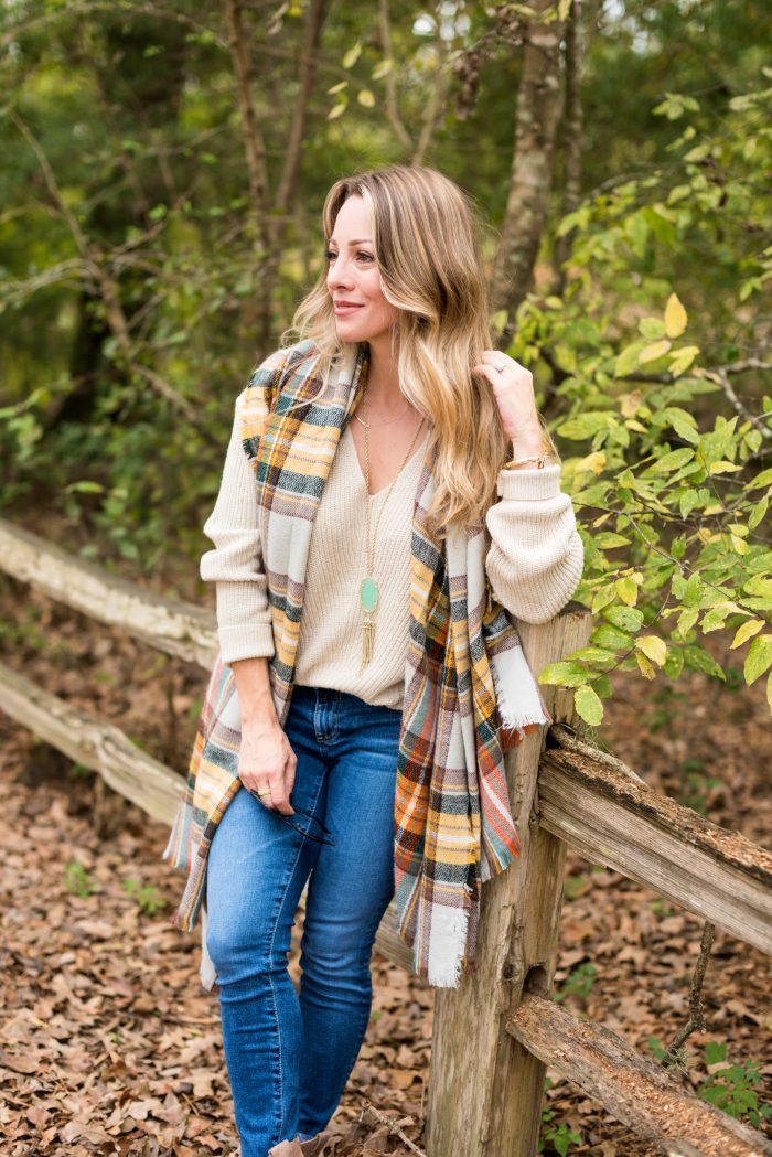 5Cute & Comfy Thanksgiving Outfit