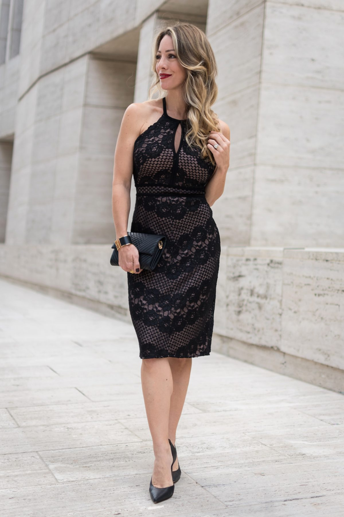 Holiday Party Dress- lace dress #LBD #partydress #Fallfashion