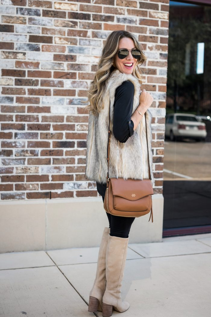 Leggings with black tunic and tall boots #fallfashion #winterfashion 8