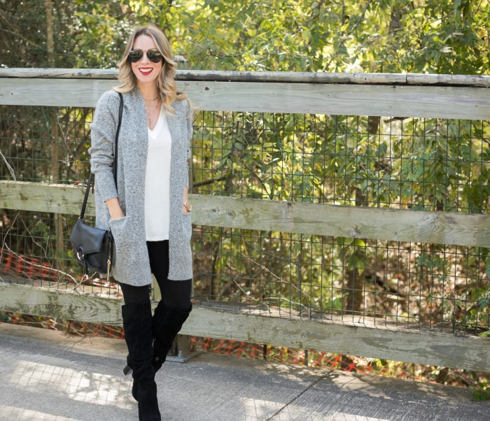 Leggings with cardigan and red hunter boots #fallfashion #winterfashion 13