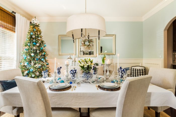 Christmas Home Tour - Dining Room -Honey We're Home 1