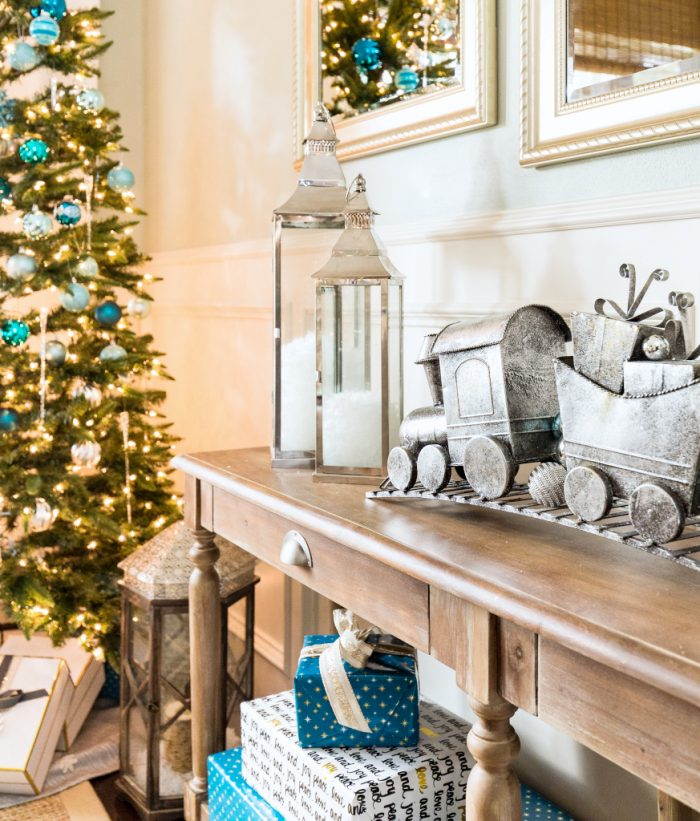 Christmas Home Tour - Dining Room -Honey We're Home 14