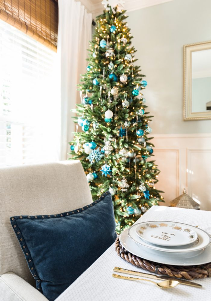 Christmas Home Tour - Dining Room -Honey We're Home 6