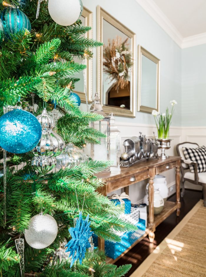 Christmas Home Tour - Dining Room -Honey We're Home 8