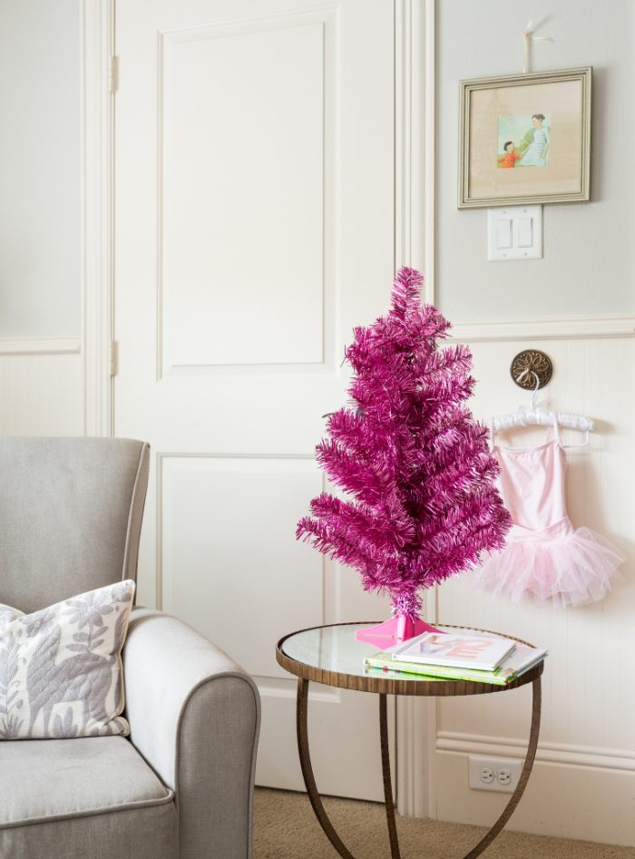Christmas Home Tour - Honey We're Home 5