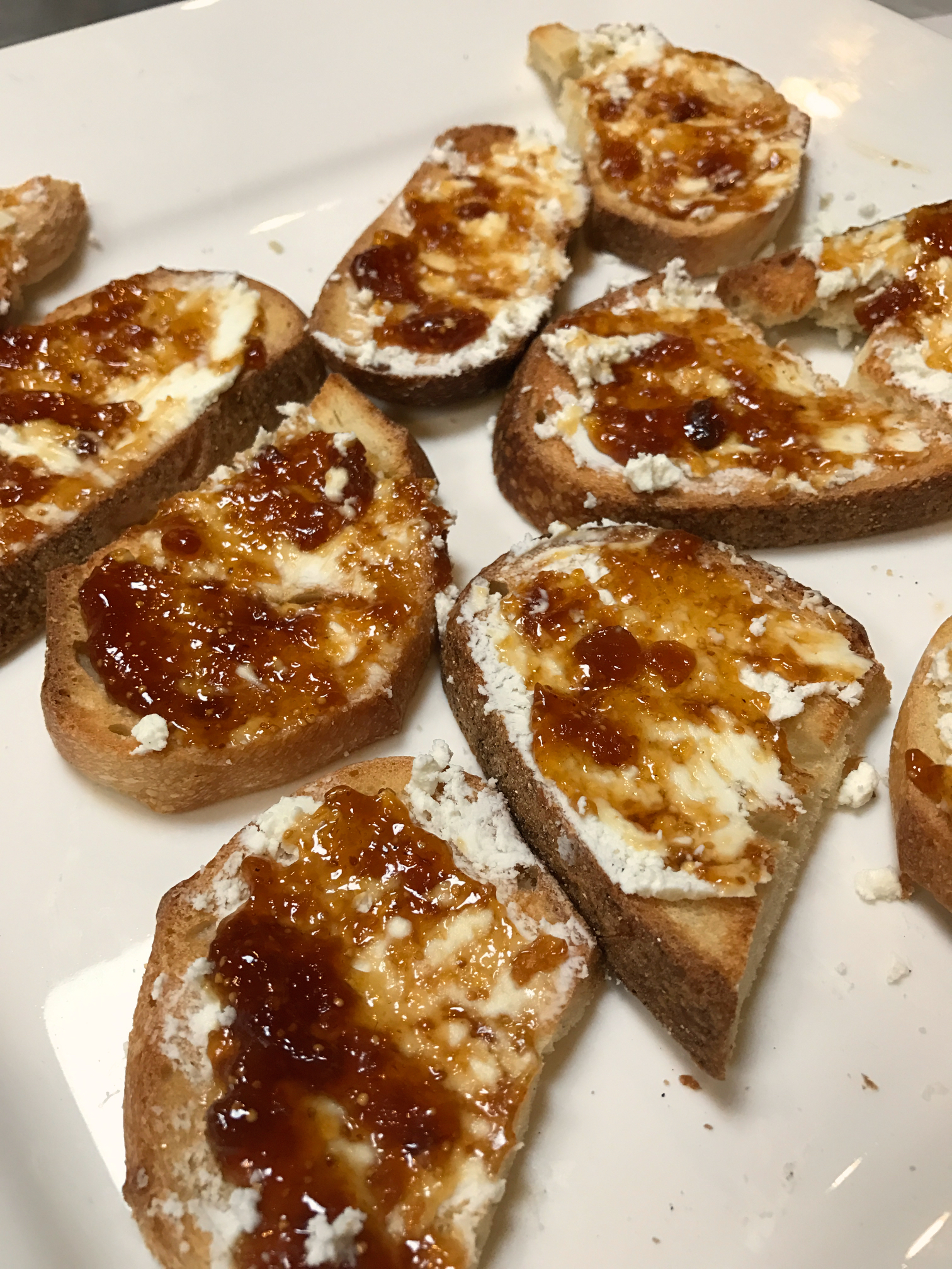 Fig and Goat Cheese Crostini | Honey We're Home