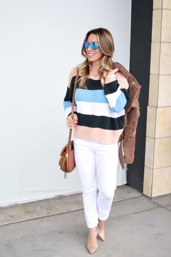Striped sweater and white jeans 1