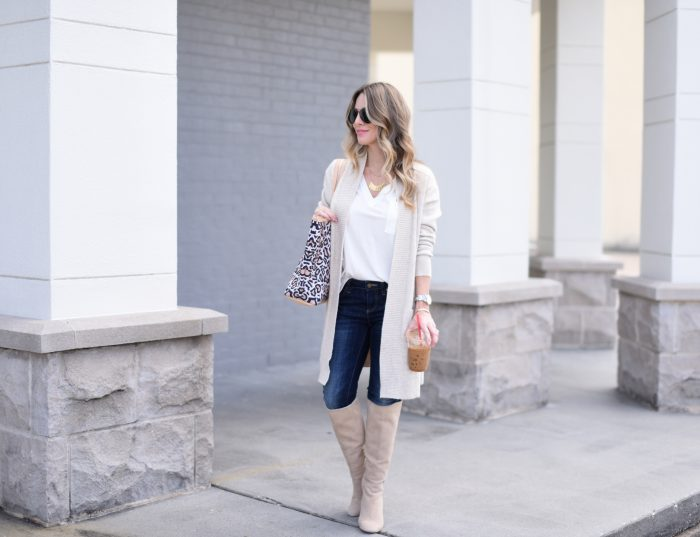 Casual Outfit Inspiration - dark wash jeans with white tee, cardigan and boots