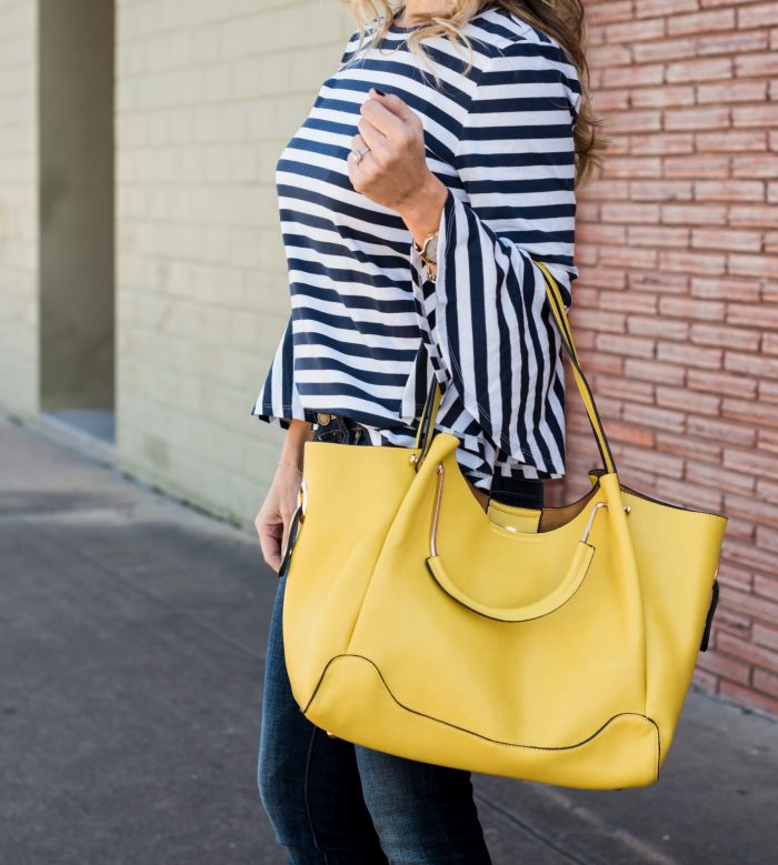 Stripe Bell Sleeve Top with skinny jeans and yellow bag 14
