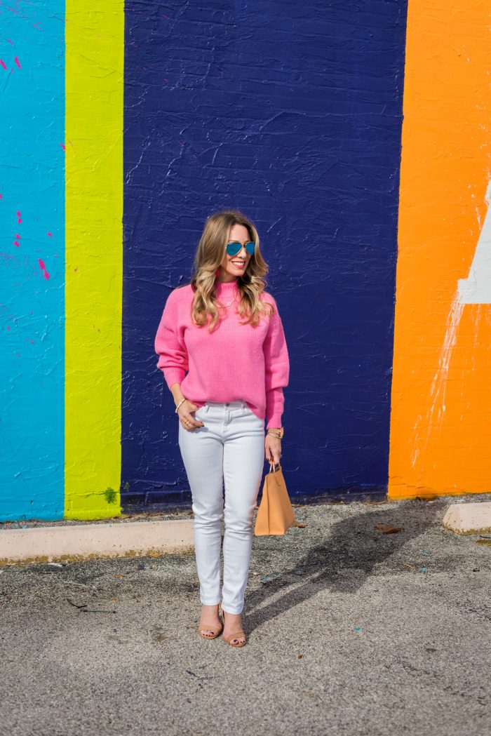 Daily Outfit Inspiration - pink sweater and white jeans
