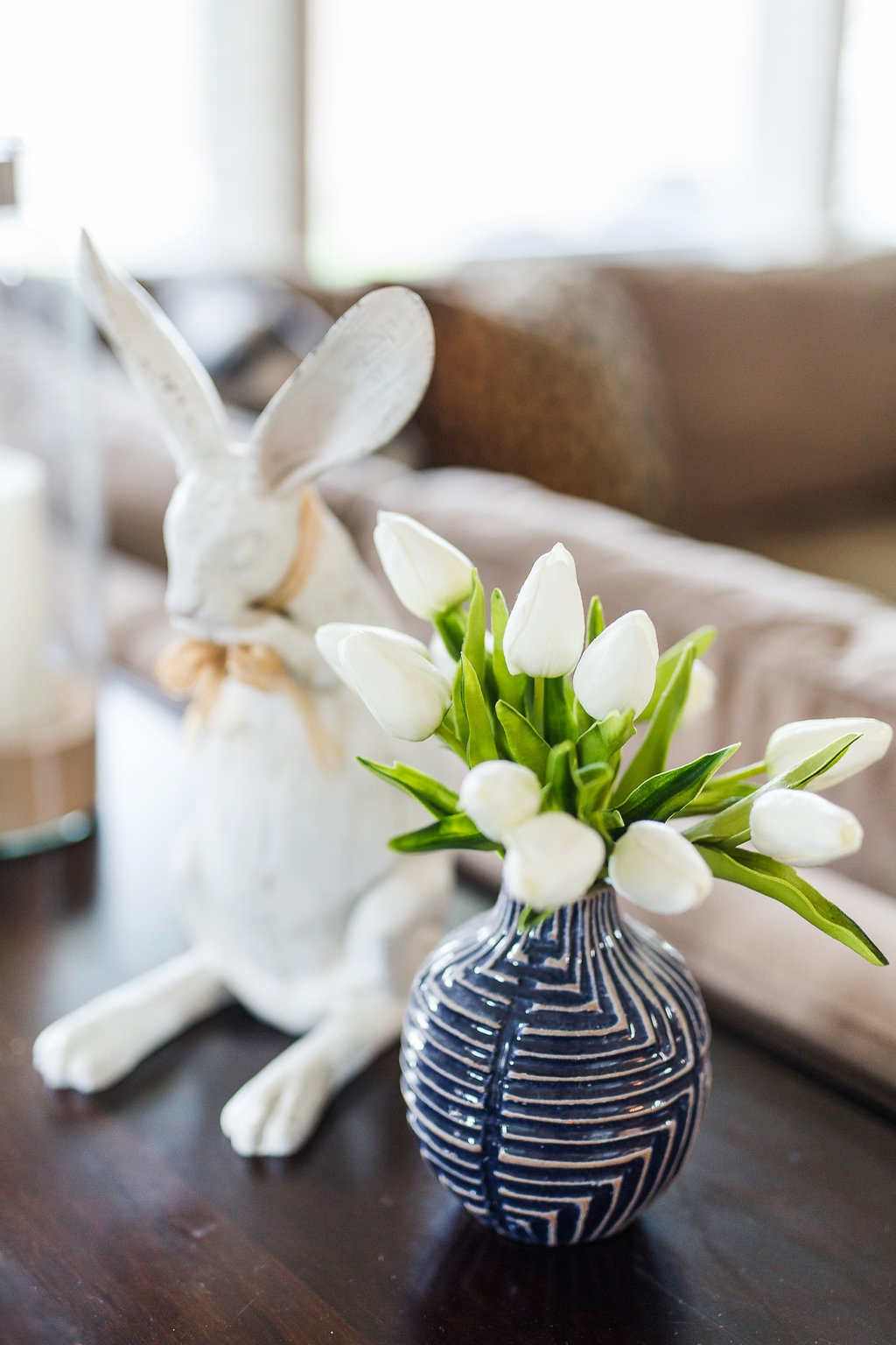 Spring Home Tour faux tulips (1)