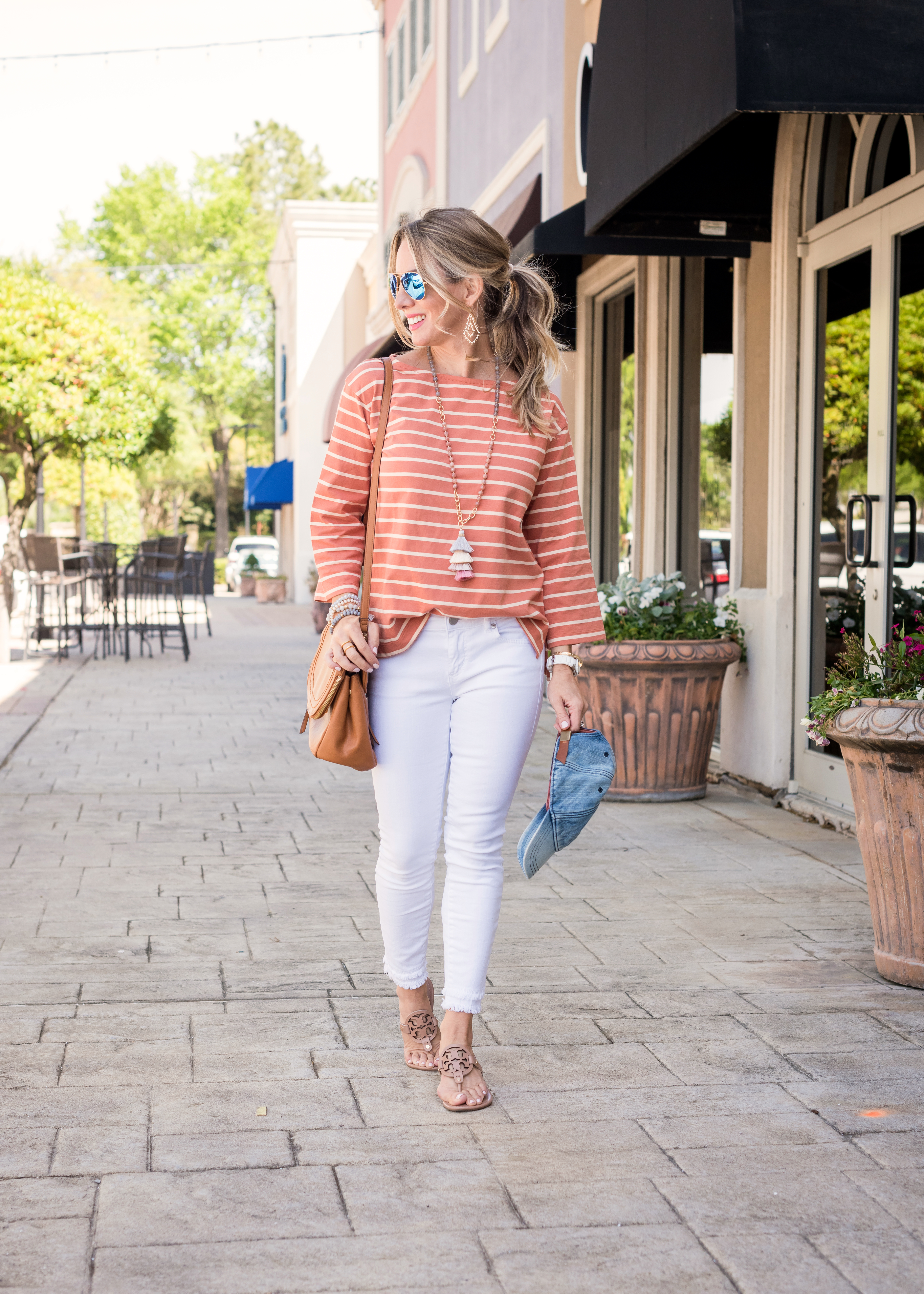 Weekend Outfit with white jeans and striped top 3