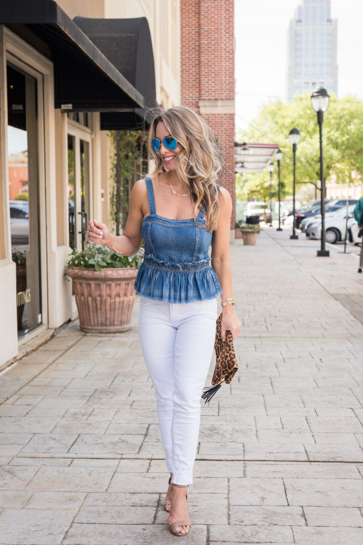 6a47e91477e Weekend White Jeans Outfit Pin this image on Pinterest