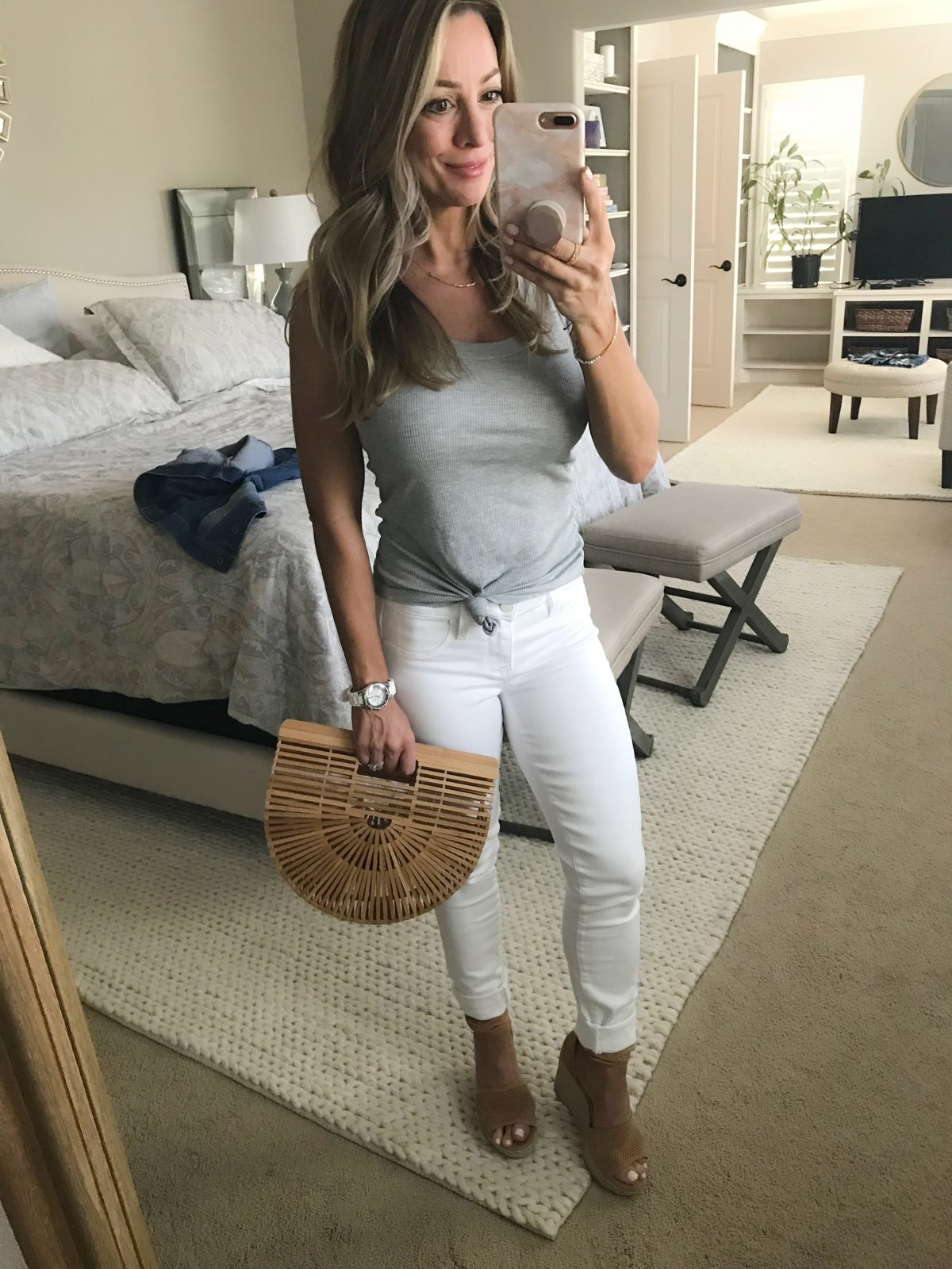 Wooden bag with white jeans and grey tank
